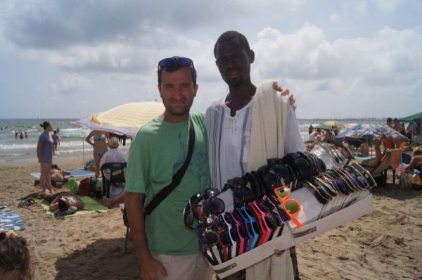 Alireza und der Strandverkäufer